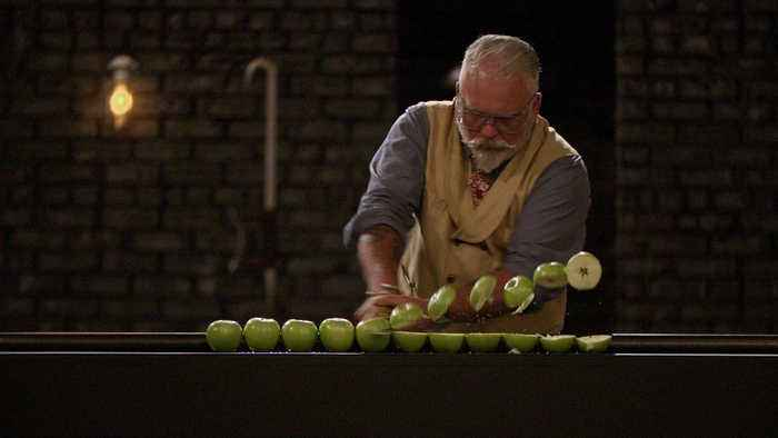 Forged in Fire: Whiskey Barrel Knife Tests