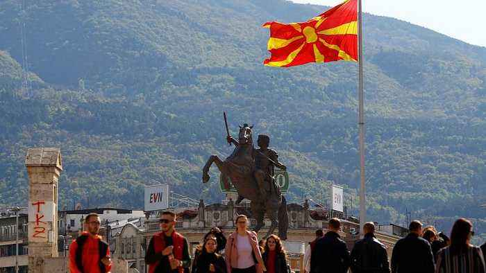 North Macedonia pro-Western candidate wins first round of presidential poll