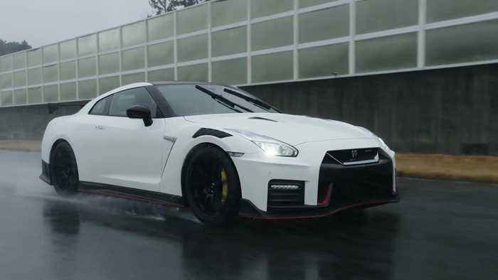 2020 Nissan GT-R NISMO On the Track Driving Demo