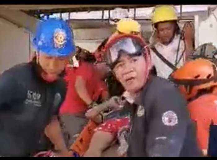 Survivors Rescued From Rubble After Earthquake Hits Philippines
