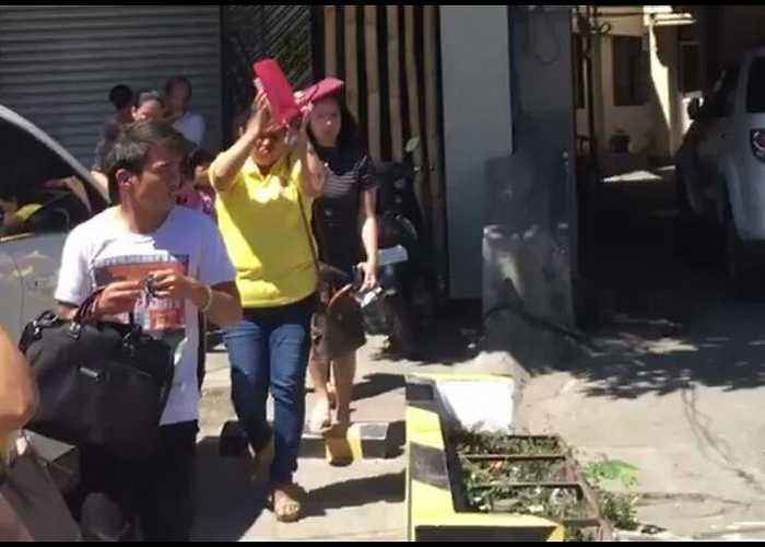 People Evacuate Buildings as Second Earthquake Hits Philippines