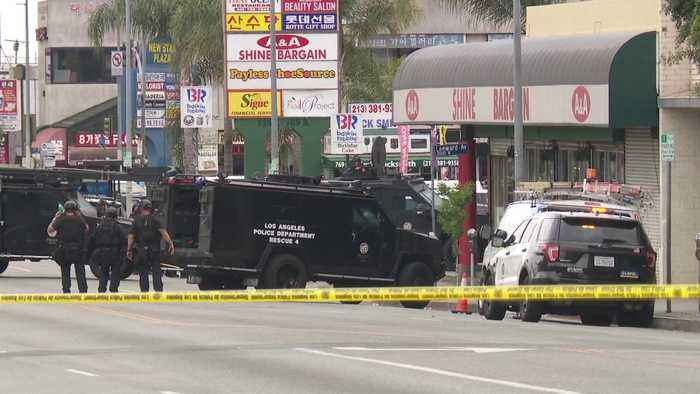 Suspected Shooter in Custody After Barricading Himself at LA Strip Mall That Prompted Evacuation