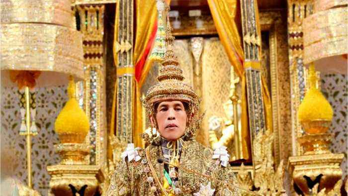 Thailand's New King Ascends To The Throne With Elaborate 3-Day Ceremony