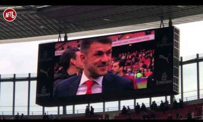 Arsenal Players Lap Of Honour & Aaron Ramsey And Cech Farewell!