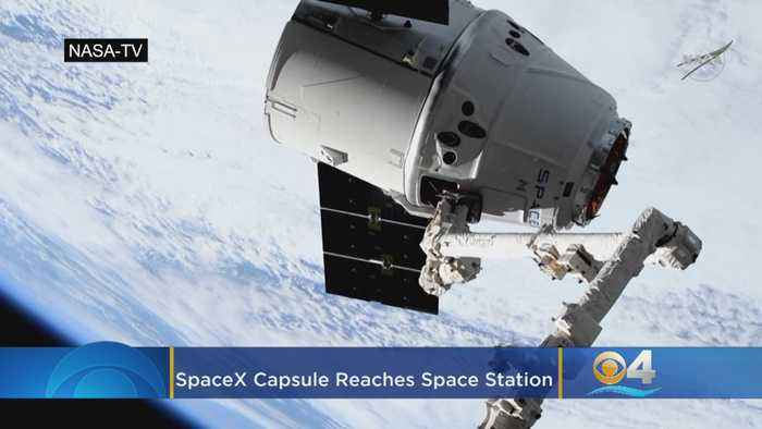 SpaceX Capsule Loaded With Equipment Reaches Space Station