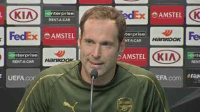 Cech: Arsenal can't rely on lead