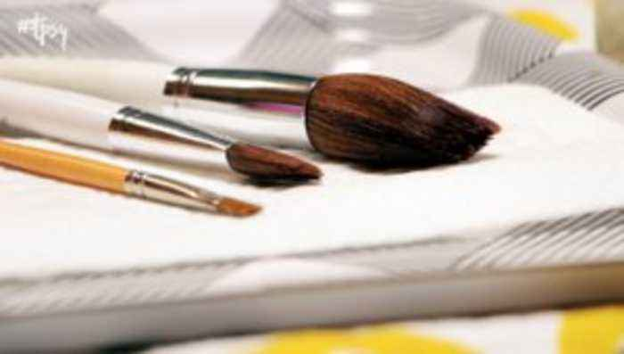 All-Natural Cleaner for Those Filthy Makeup Brushes