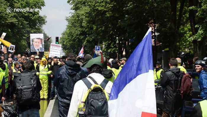 Yellow vests protesters march through Paris May 11