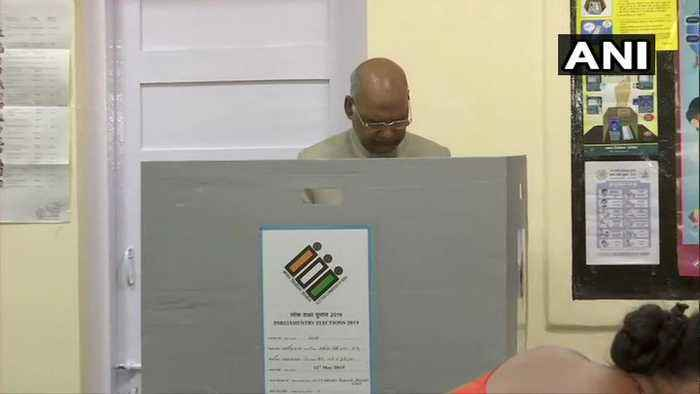 LS elections | President Kovind, Union Ministers, top netas vote in Delhi