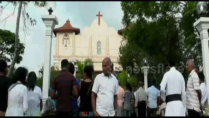 Sri Lankan Catholics hold Sunday mass after Easter attacks