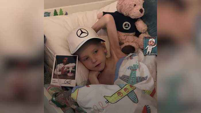 Lewis Hamilton arranges for his F1 car to arrive at home of terminally ill boy