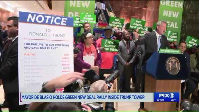 NYC Mayor drowned out by protesters at Trump Tower