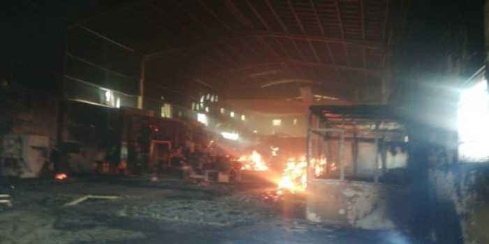 Sri Lankan factory destroyed by rioters