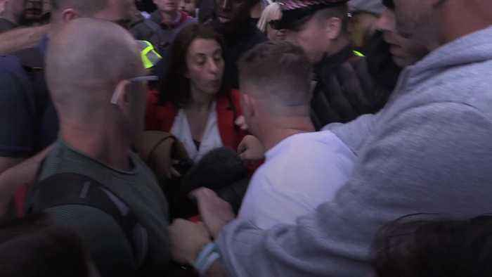 Journalists targeted by Tommy Robinson supporters outside Old Bailey