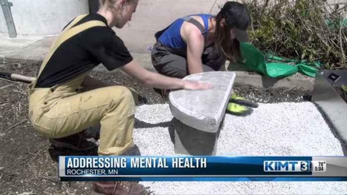 Art exhibit looks to raise awareness about mental health