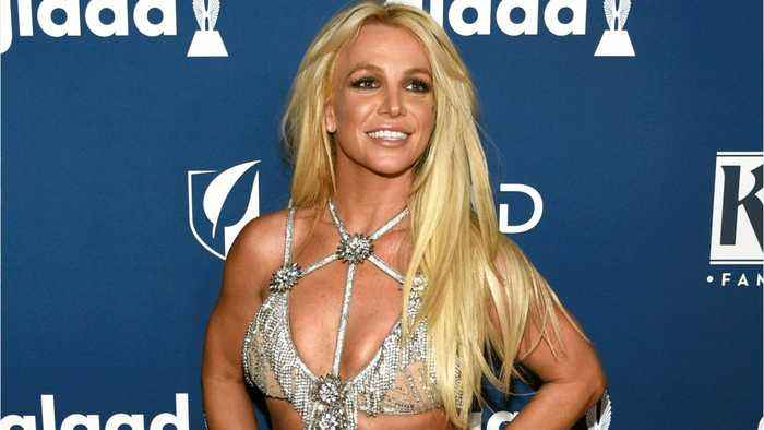 Fans React To Britney Spears' Manager Saying She May Never Perform Again