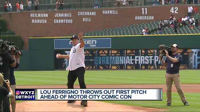 'The Incredible Hulk' actor Lou Ferrigno throws out first pitch at Comerica Park