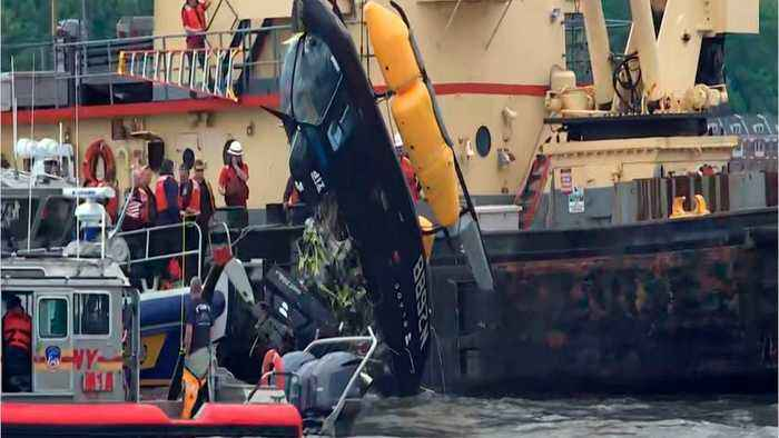 Pilot Rescued After Helicopter Crashes Into New York City's Hudson River