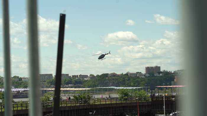 Helicopter Loses Control over Hudson River