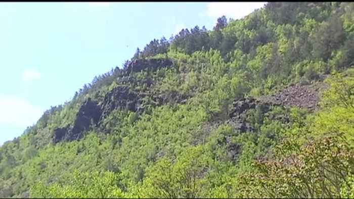 VIDEO High school student hospitalized after fall while hiking