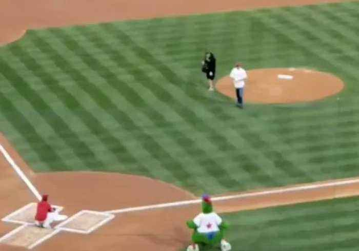 Boo-ruce: Bruce Willis 'Booed' After Bad First Pitch at Phillies Game