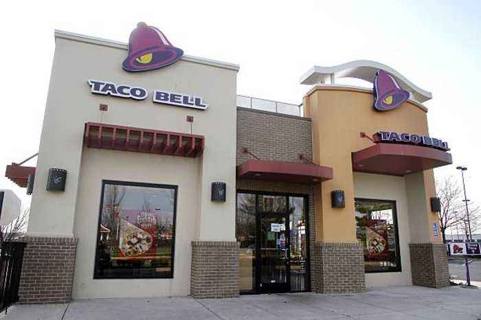 Taco Bell-Themed Hotel Opening in California