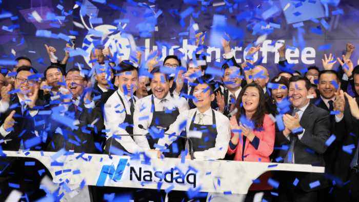 China's Luckin Coffee Debuts on the Nasdaq, Faces Off With Starbucks
