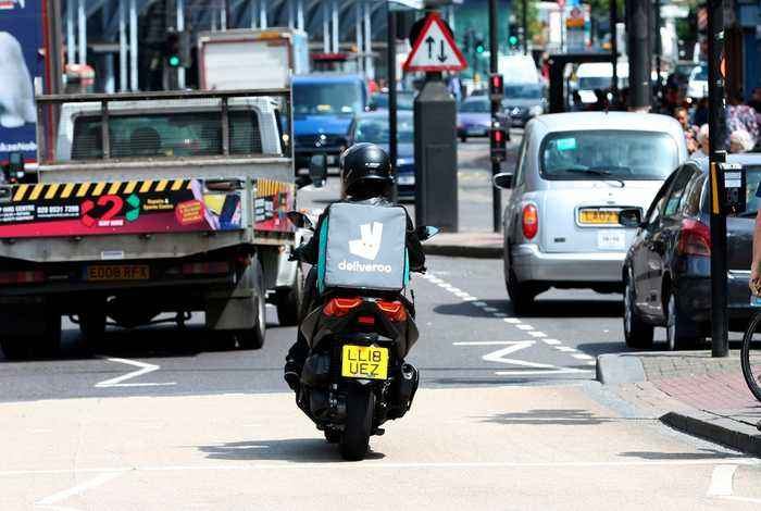 Challenging Food Delivery Services, Amazon Makes Major Investment in Deliveroo