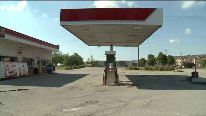 Police Issue Safety Reminder After Car Stolen at Gas Station
