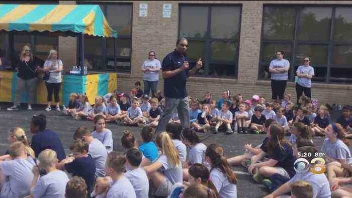 Ukee Washington Takes Part In Race For Education At St. James In Ridley Park