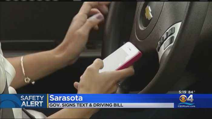 Governor DeSantis Passes Texting & Driving Bill
