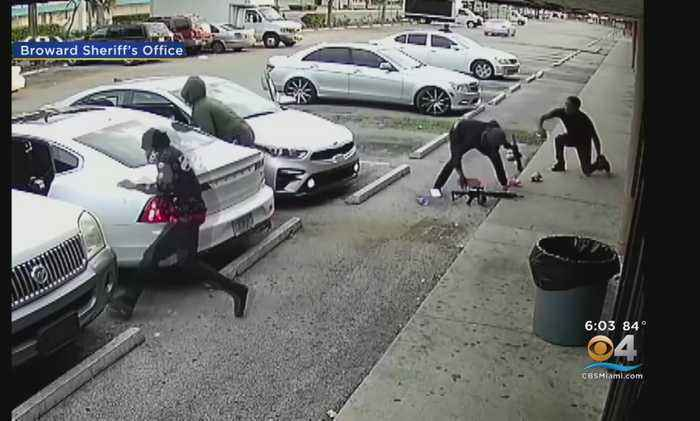 Well-Armed Suspects Sought In Broward