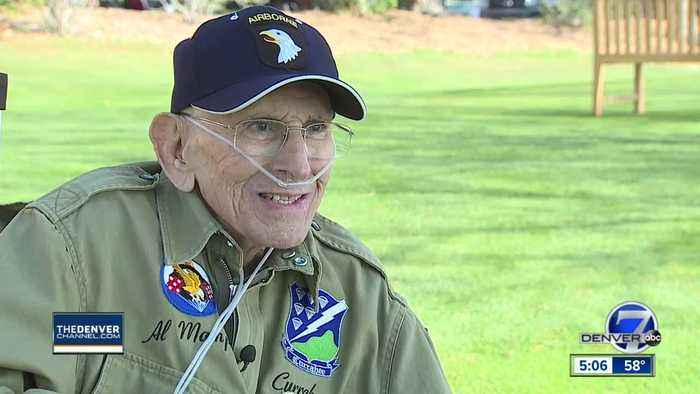 WWII Band of Brothers veteran makes visit to Englewood