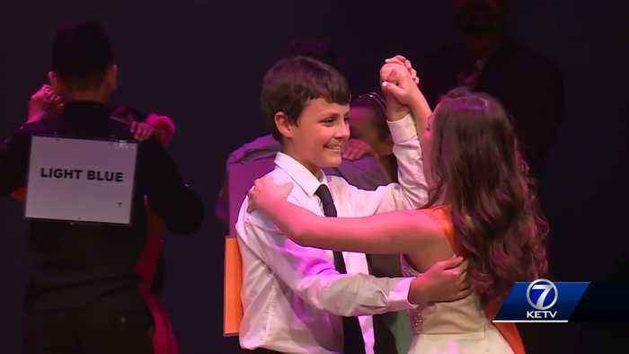 'Dancing classrooms' program teaching social skills, changing lives