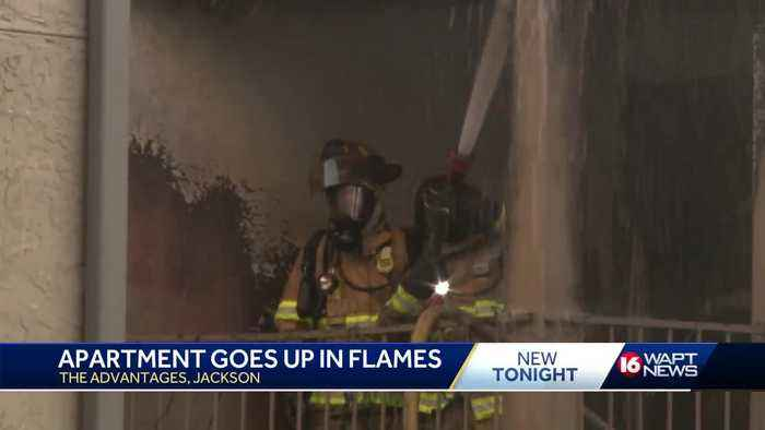 Jackson firefighters respond to apartment fire