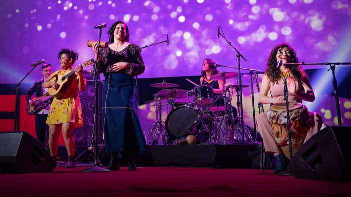 How music crosses cultures and empowers communities |  LADAMA