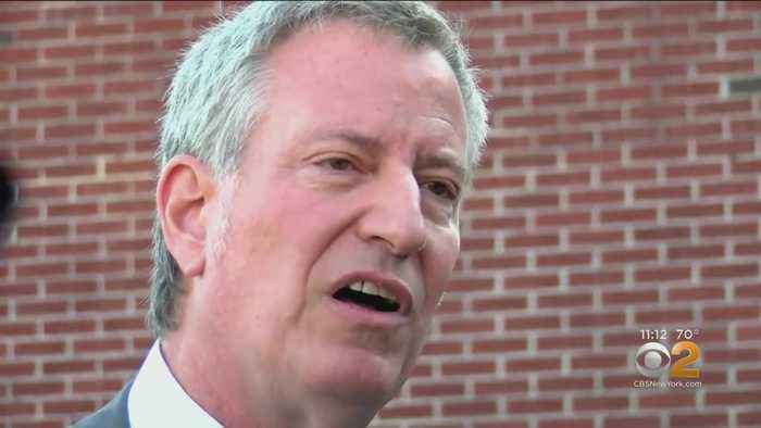 Mayor de Blasio Visits South Carolina Church During Campaign Kickoff