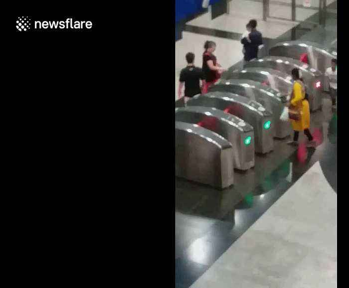 40 times is the charm: Singapore commuter bizarrely swipes through same terminal repeatedly