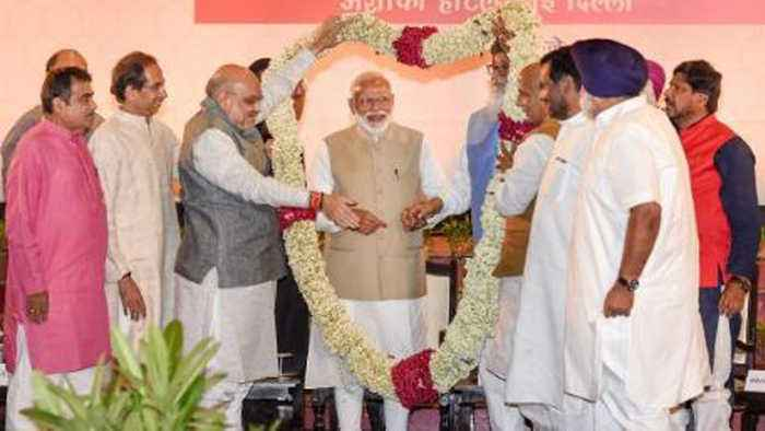 Ahead Of Poll Results, NDA leaders attends Amit Shah's Dinner Party | Oneindia News