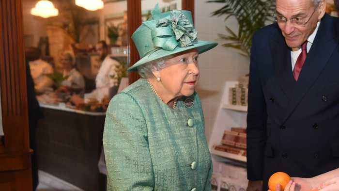 The Queen Visited A Supermarket With Self-Service Checkouts