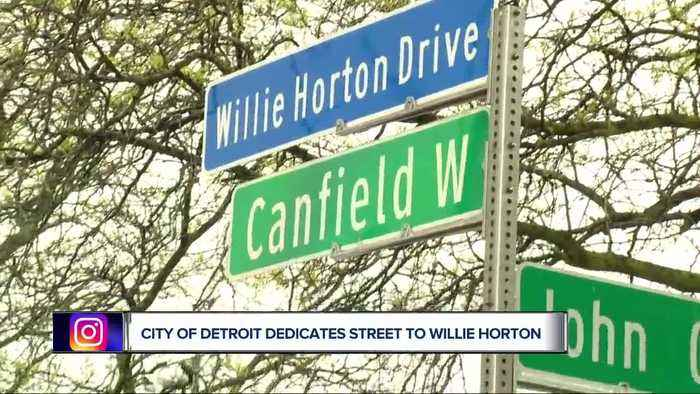 Willie Horton honored with street name in Detroit, Red Wings surprise DPS students with bikes