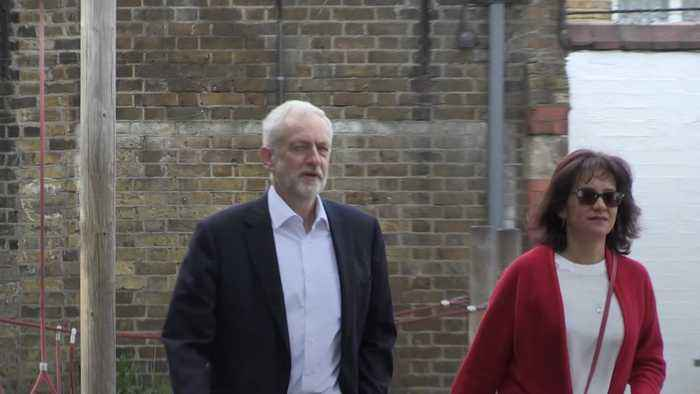 Jeremy Corbyn votes in the European elections