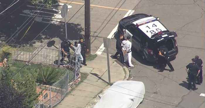 RAW: Chopper 5 Footage Of Oakland Police Detaining Two Suspects After Pursuit