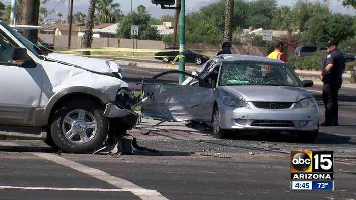 Valley teen seriously injured in 2017 wreck walks at high school graduation
