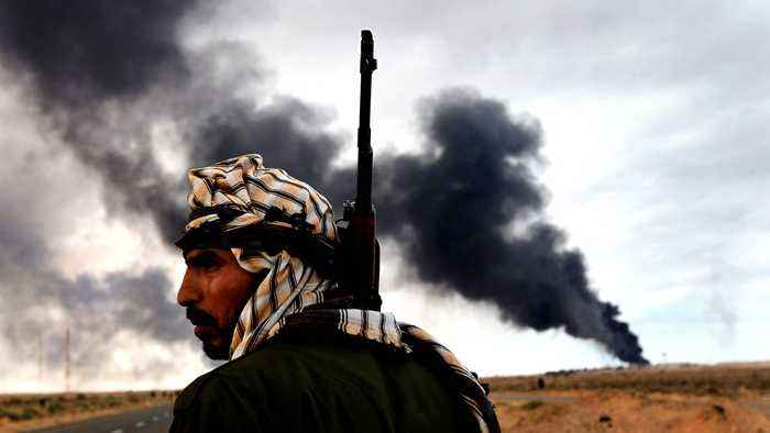 Libya fighting: Clashes near Tripoli's old airport