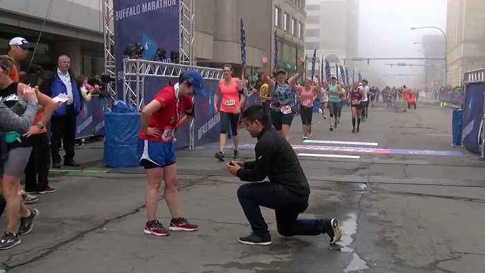 And they're off: the Buffalo Marathon
