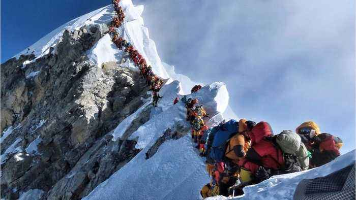 11 Die On Mt. Everest In A Week