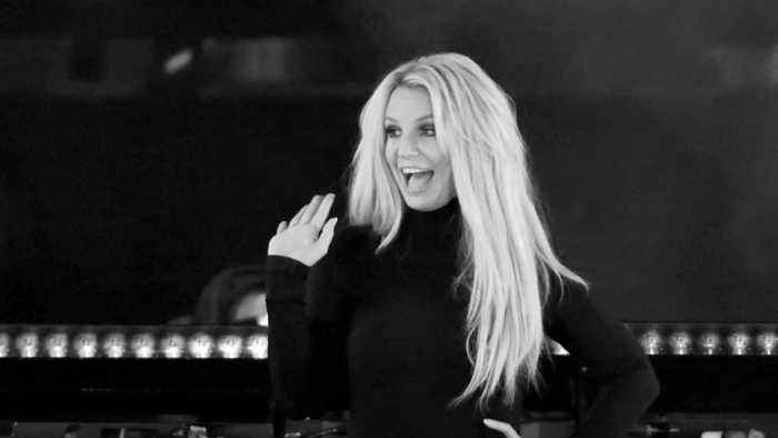 Britney Spears confirms she is in charge of social media accounts
