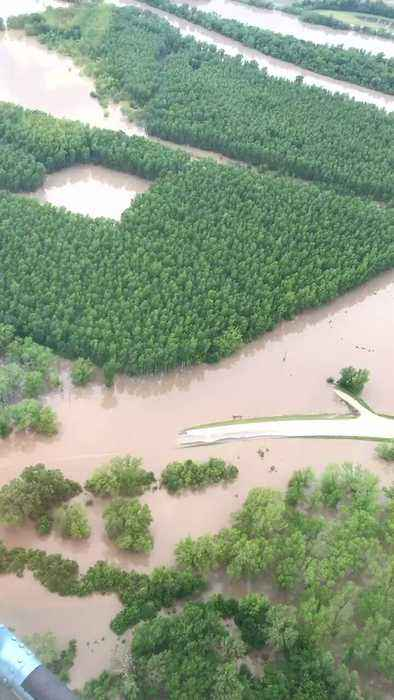 Aerial Video Shows 'Near-Record' Flooding Along Grand River in Missouri