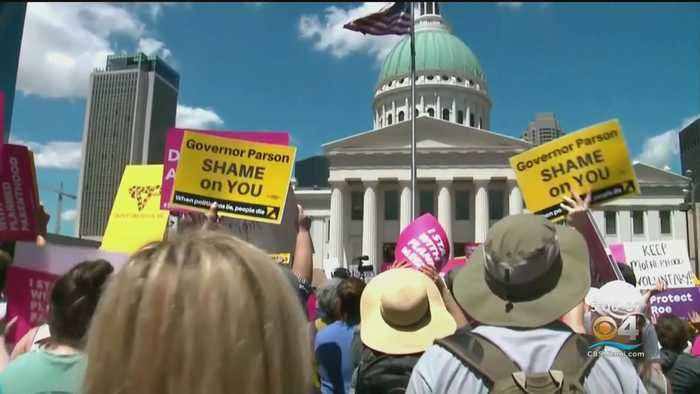 Missouri Judge Rules Against Closing Planned Parenthood Clinic